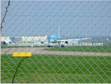 Galvanized Chainlink Fence/Sports Field Fence/ Chain Link Fence